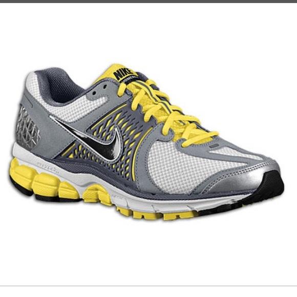 ee690908110 Nike Zoom Vomero+ 6 Running Shoes White Grey. M 5b1df388aa8770466b7c1b0f